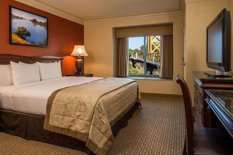Embassy Suites By Hilton Sacramento Riverfront Promenade Venue Sacramento Ca Weddingwire