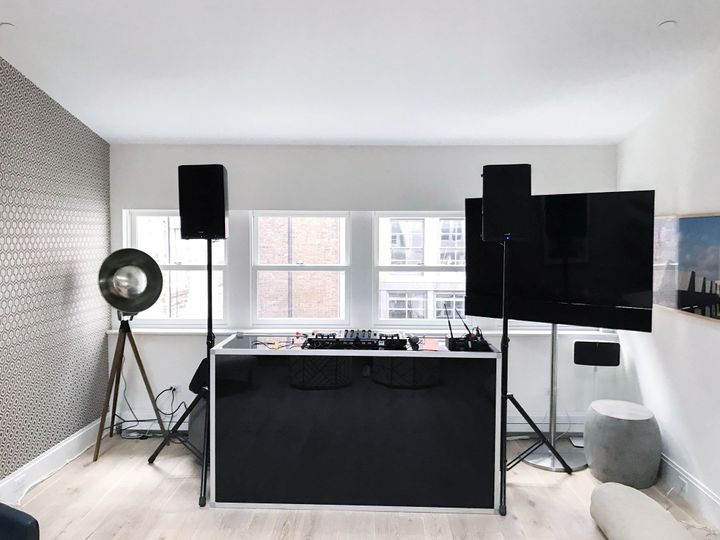 High End DJ setup / Video