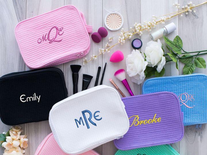 Tmx Makeup Bags Group Shot 51 1903967 157860842547512 La Habra, CA wedding favor