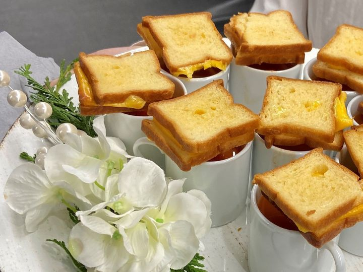 Tmx Grilled Cheese 2 51 1905967 158056178326128 Whippany, NJ wedding catering