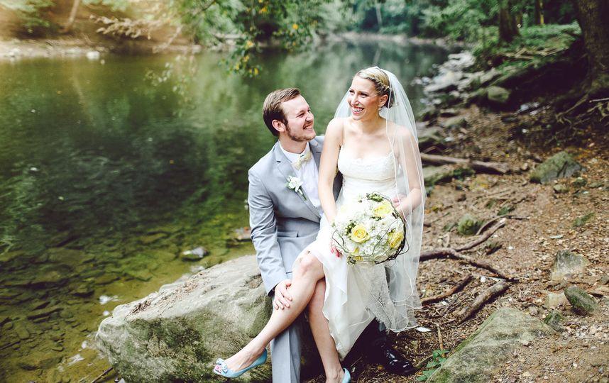 background image wedding photographer