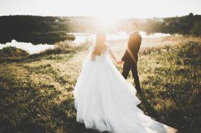 Tara Lindbert Weddings & Events