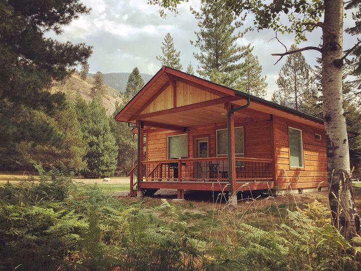 Ursa guest cabin