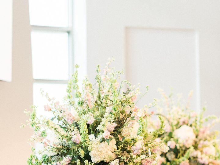 Tmx 1517341042 D4bd649e90791a3b 1517341041 74eed150f7c77217 1517341044426 8 Gabby Ian Wedding  Gambrills, MD wedding florist