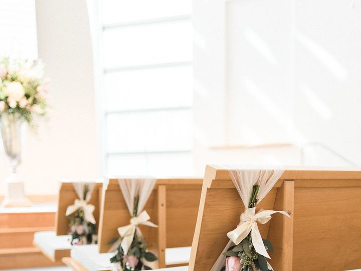 Tmx 1517342182 B88bbec7a7cfa45d 1517342181 248d1bafe120130d 1517342184590 28 Gabby Ian Wedding Gambrills, MD wedding florist