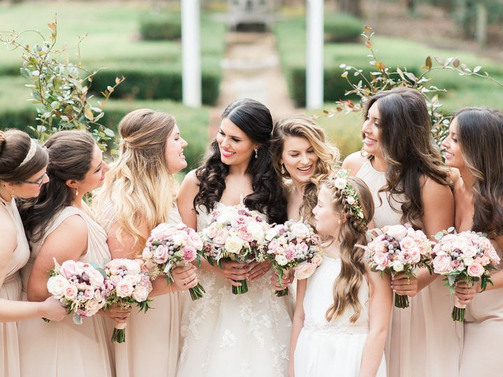Tmx 1517342241 De3bad0e2ad27294 1517342240 6213eb445132d238 1517342242787 29 Gabby Ian Wedding Gambrills, MD wedding florist