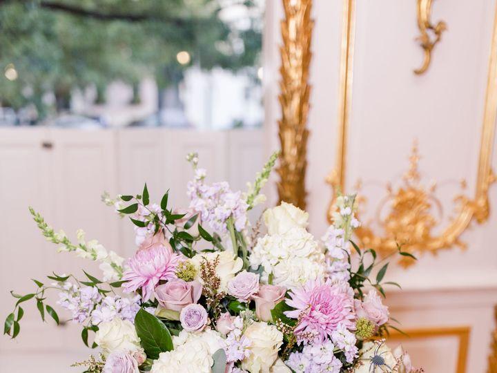 Tmx Pedestal Piece 51 31077 V1 Gambrills, MD wedding florist