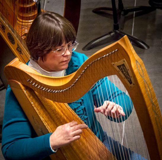 Deette bunn, celtic harpist
