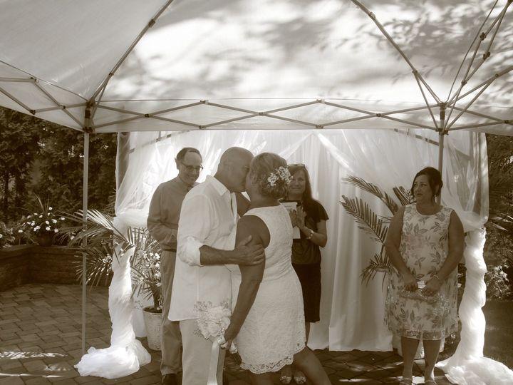 Tmx 32cc26ea 1a40 4057 A2fa B813dbe54386 51 1073077 1566145358 Lindenhurst, NY wedding officiant