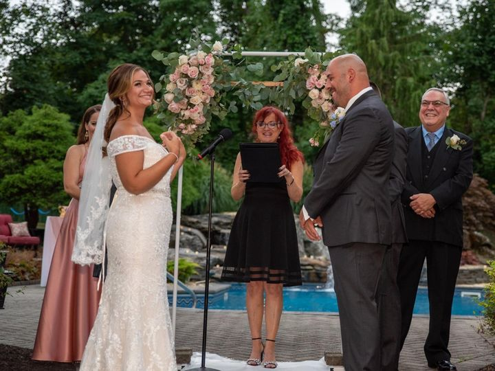 Tmx 461486dc 9459 48fb 9425 94120994ff78 51 1073077 159778040318404 Lindenhurst, NY wedding officiant