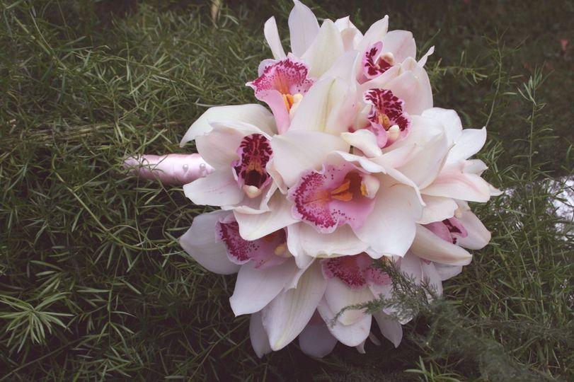 pinkorchidbouquet