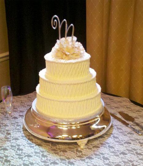Atlantic Cake Company, LLC - Wedding Cake - Kill Devil Hills, NC ...
