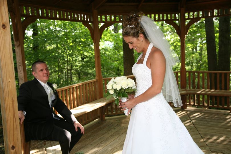 Newlyweds in the gazebo