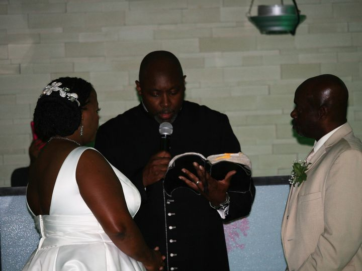 Tmx Img 8691 51 1887077 1570748130 Windsor, NJ wedding officiant