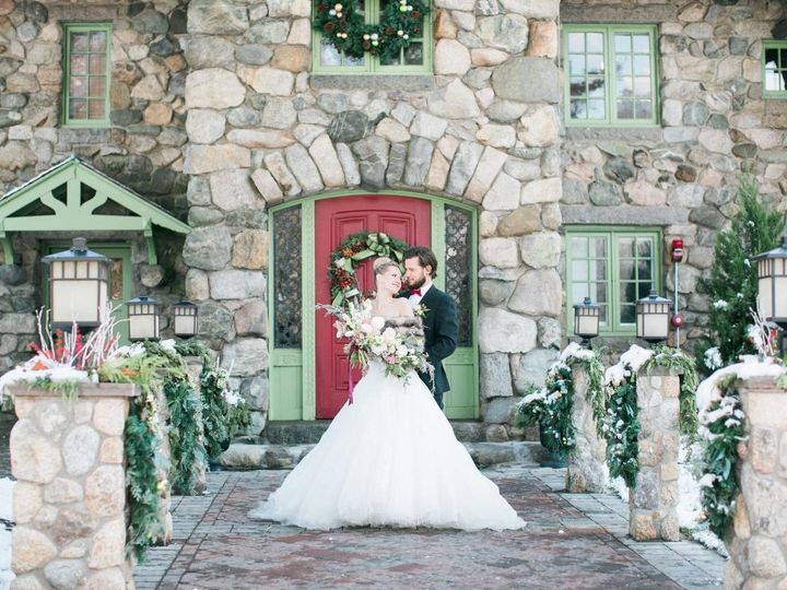 Tmx Moss And Figs Pic 3 51 997077 1568839788 Rockland, MA wedding florist