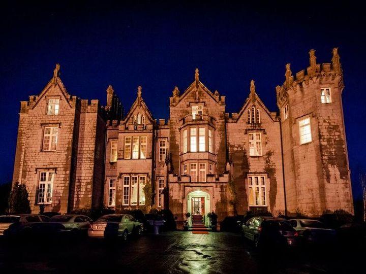 Ireland castle accommodations