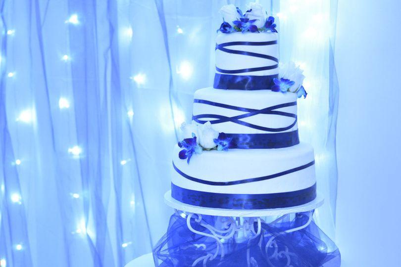 21648dc773c0ee69 Cakes 11