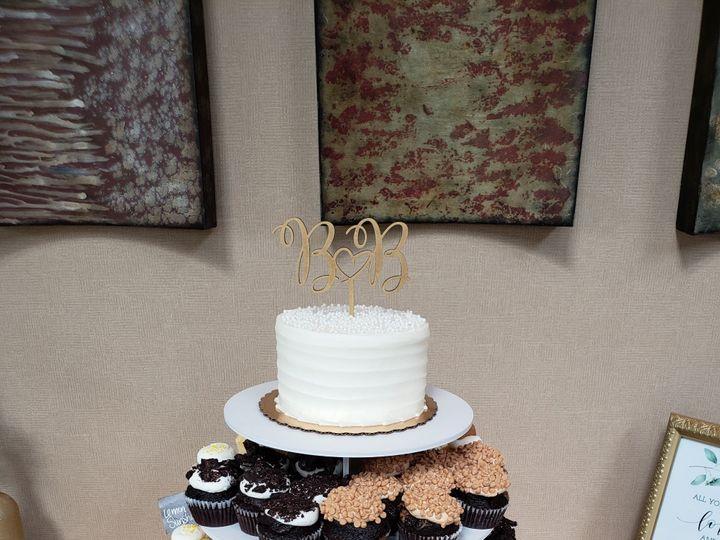 Tmx 46801434 2225944877730560 5728469431982489600 N 51 1070177 1559732251 Easton, PA wedding cake
