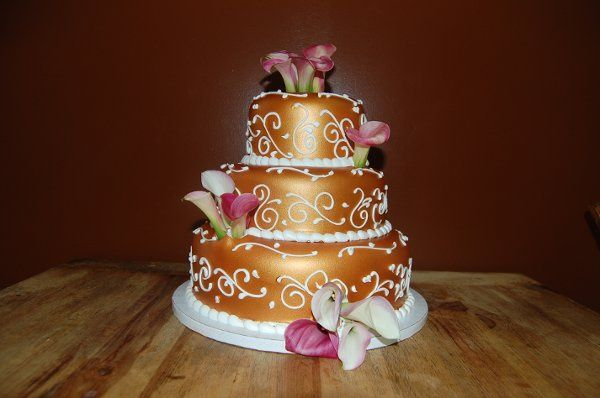 "Aztec Gold luster dust cake. ""Alternative To Rolled Fondant"". This is not a hard icing."