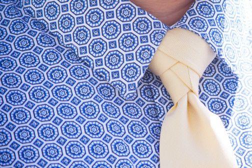Groom's shirt and tie