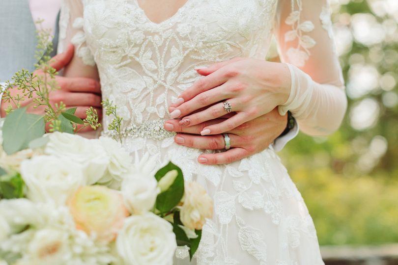 js bridal portraits 33 51 1044177 1572046694