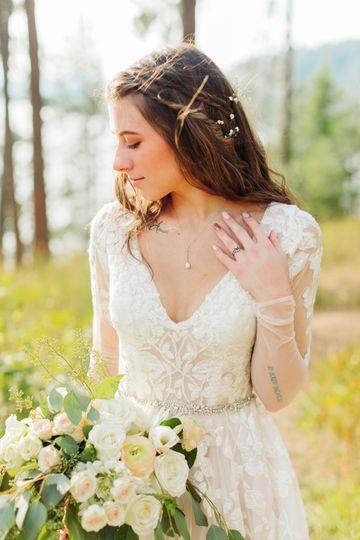 js bridal portraits 73 51 1044177 1572046696