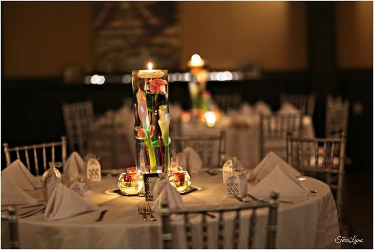 Candle lights and centerpieces