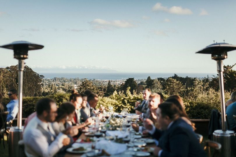 Farm Table Dinner Service