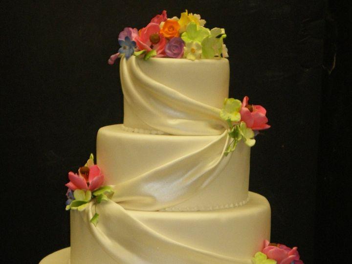 Tmx 1342367448644 DrapesSummerFlowers.jpg Port Jefferson, New York wedding cake