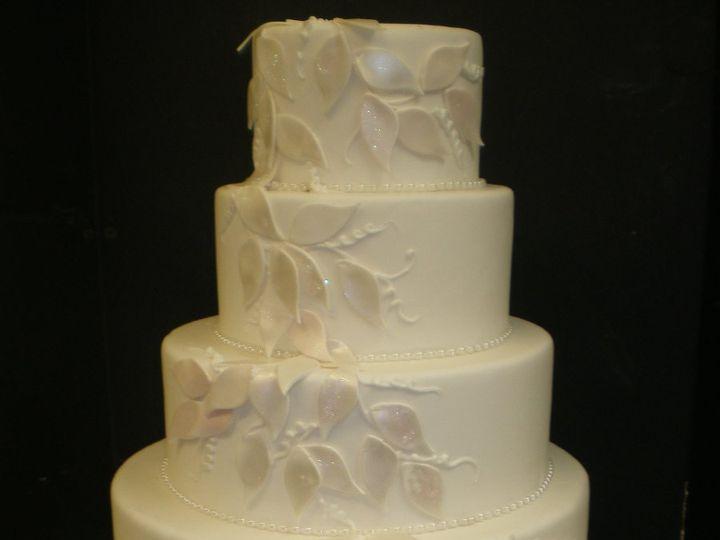 Tmx 1342367547992 LeafCascade.jpg Port Jefferson, New York wedding cake