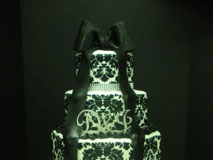 Tmx 1362862877239 Blackandwhite Port Jefferson, New York wedding cake