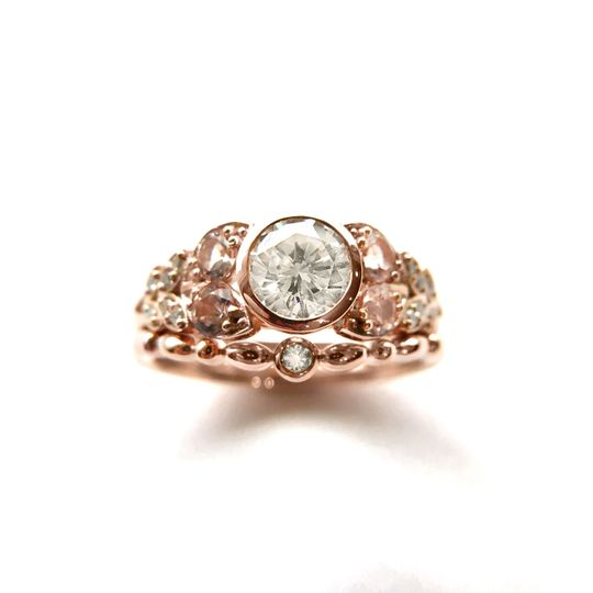14k rose gold engagement ring and wedding band set, set with diamond and morganite.