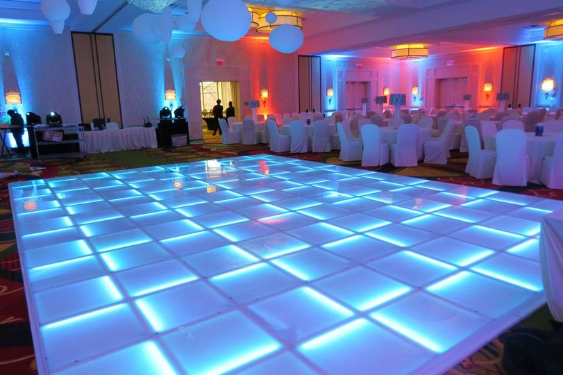 Lighted dance floors from doo wop lighting decor louisville 800x800 1464236186483 uplighting slimpar 800x800 1464236208220 20x28 floor tyukafo