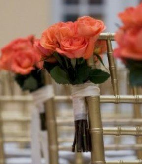 Red-orange wedding decorations
