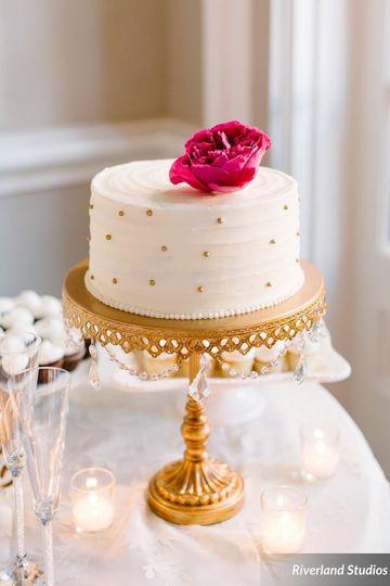 Polka dotted cake