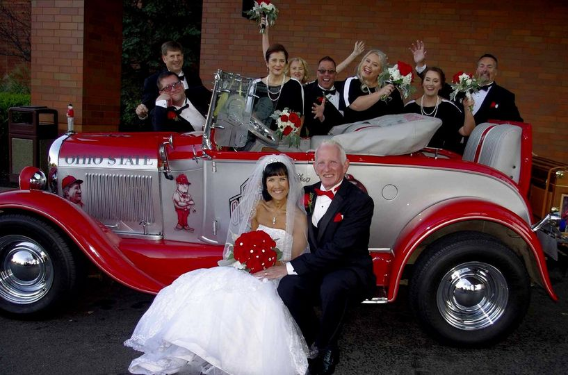 Fun OSU Wedding Pics at hotel