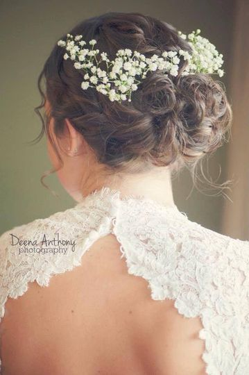 Baby's breath hair decor