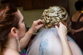 Elizabeth Dugan Hairstylist and Makeup Artist