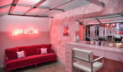 Pout Beauty Bar