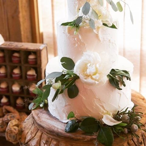 Tmx 1487180553866 Kate And Daynes Elles Belles Wedding Cake  Bigskyr Belgrade, Montana wedding cake