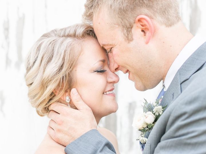 Tmx 35814917 2073755439309989 8877804289683095552 O 51 1865277 1564607743 Muscatine, IA wedding beauty