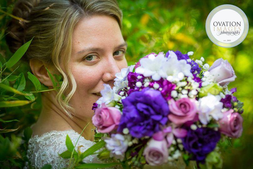 Bride with purple tone bouquet