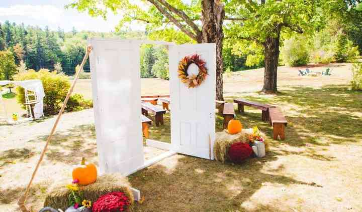 Country Chic Wedding Decor & Rentals