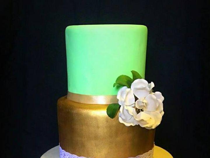 Tmx Green Wedding Cake 51 1003377 V1 Desoto, TX wedding cake