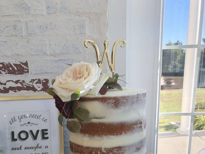 Tmx Naked Cake 51 1003377 160342150154143 Desoto, TX wedding cake