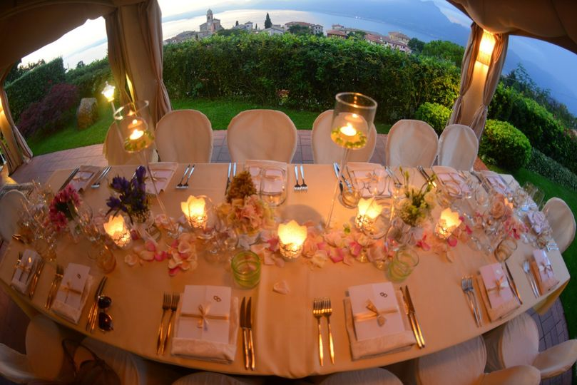 Head table and candle lights