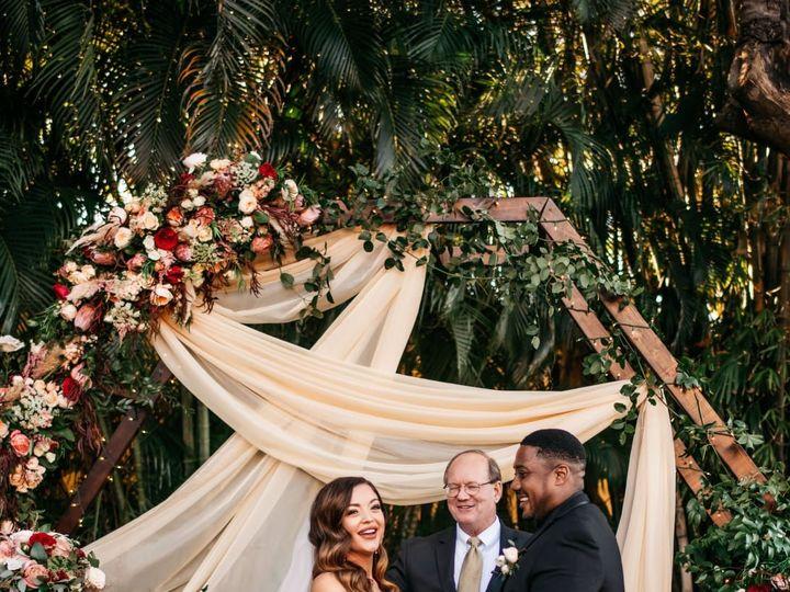 Tmx 81622467 2627825143991333 6059953955620782080 O 51 1069377 158004143427870 Fort Myers, FL wedding florist