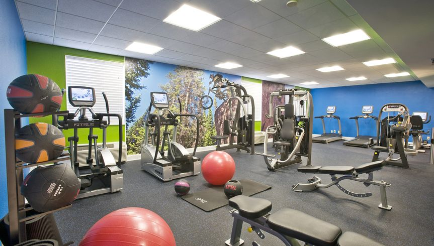 Stay in Wedding shape in our 24/7 Fitness Center.