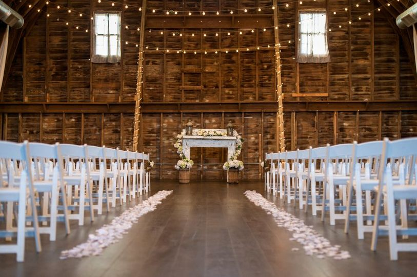 Wedding decorations for the aisle