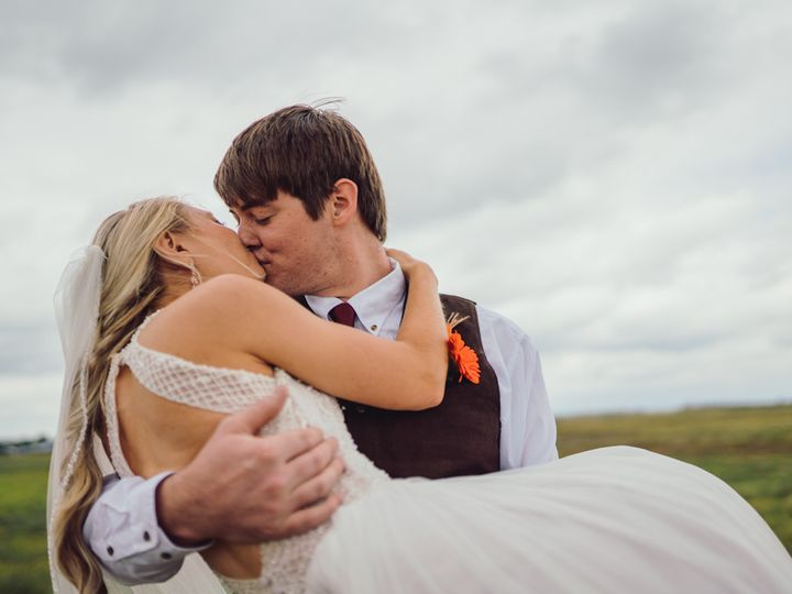 Tmx  A737602 51 1943477 160321286768349 Lemmon, SD wedding photography